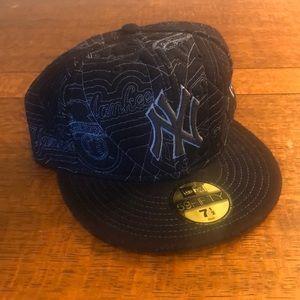 NY Yankees flat bill ball cap.  Size 7 1/2.